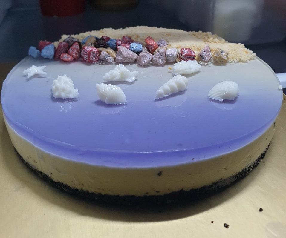 Làm bánh mousse biển xanh mừng sinh nhật con gái
