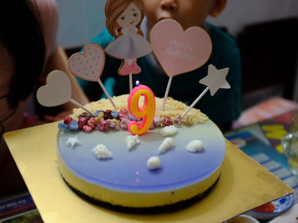 Làm bánh mousse biển xanh mừng sinh nhật con gái - 4