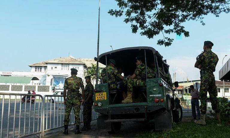 Lực lượng an ninh tại nhà tù Welikada, Sri Lanka. Ảnh: AFP.
