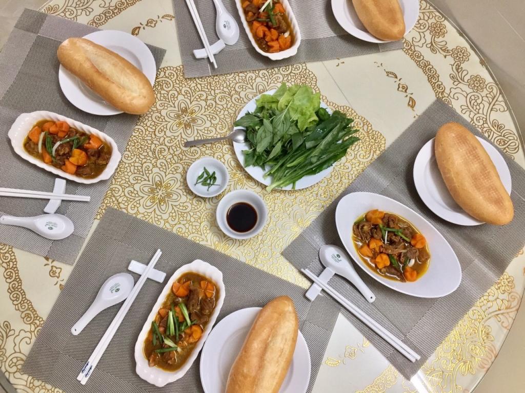 Những bữa cơm gia đình ấm áp - 4