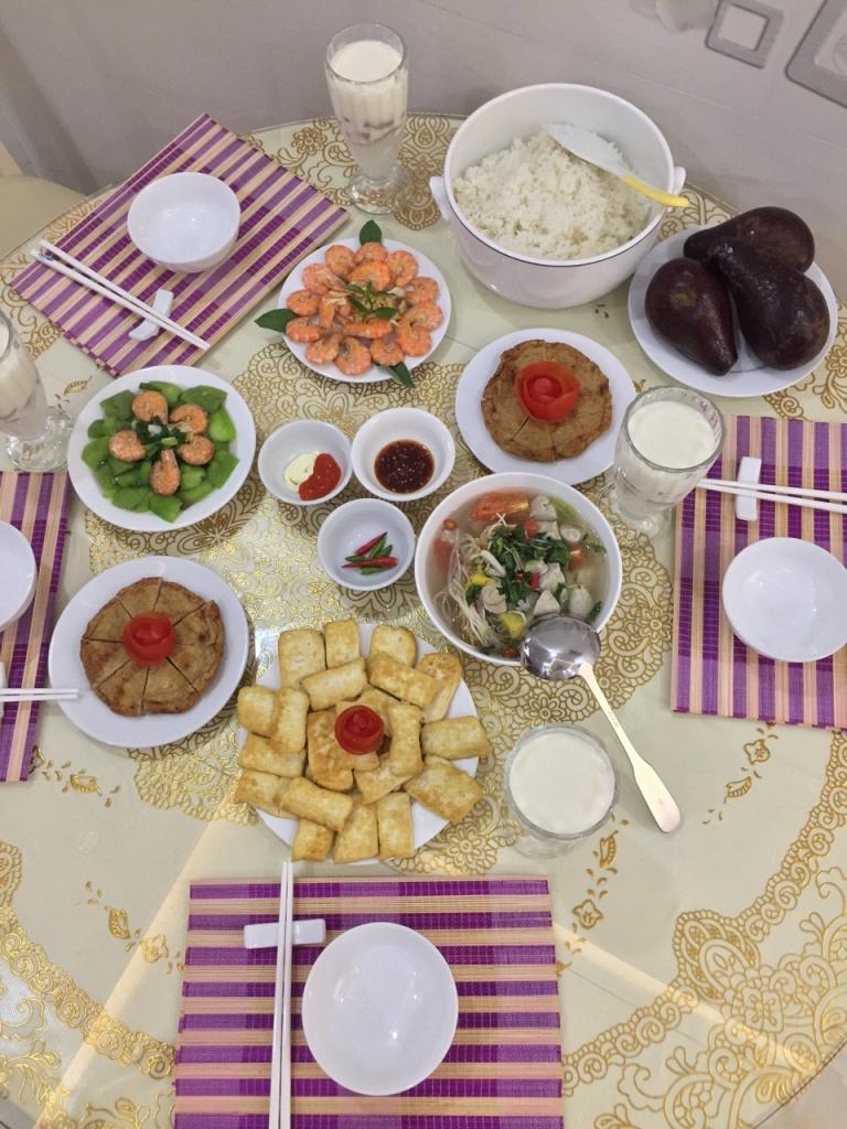 Những bữa cơm gia đình ấm áp - 12