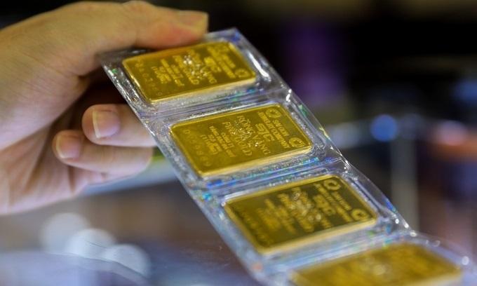 Hai lý do không nên mua bán vàng vào lúc này