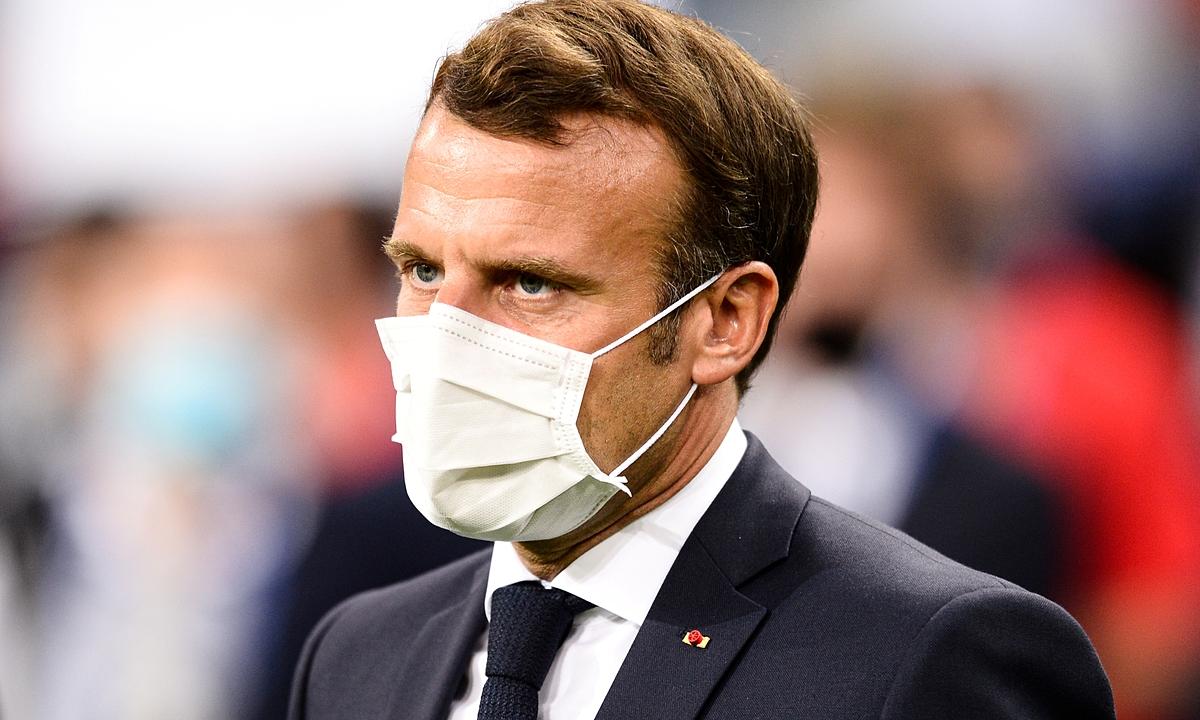 Tổng thống Pháp Emmanuel Macron tại Saint Denis cuối tháng trước. Ảnh: Reuters.