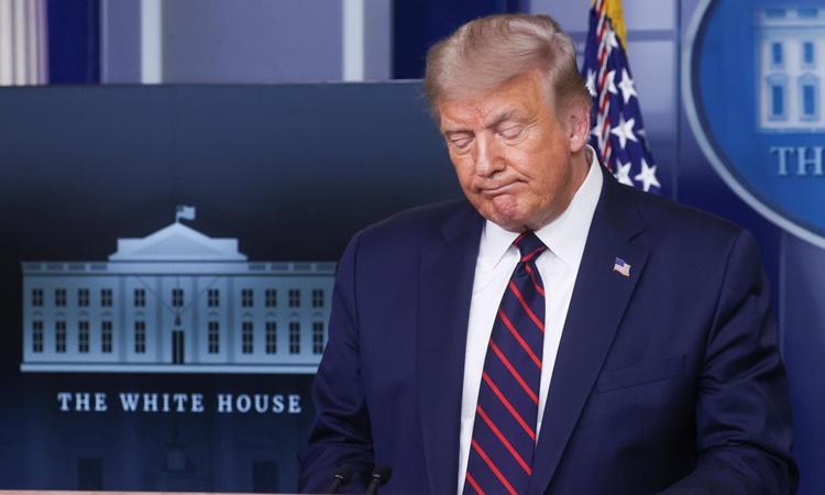 Tổng thống Mỹ Donald Trump phát biểu trong họp báo tại Nhà Trắng ngày 4/8. Ảnh: Reuters.
