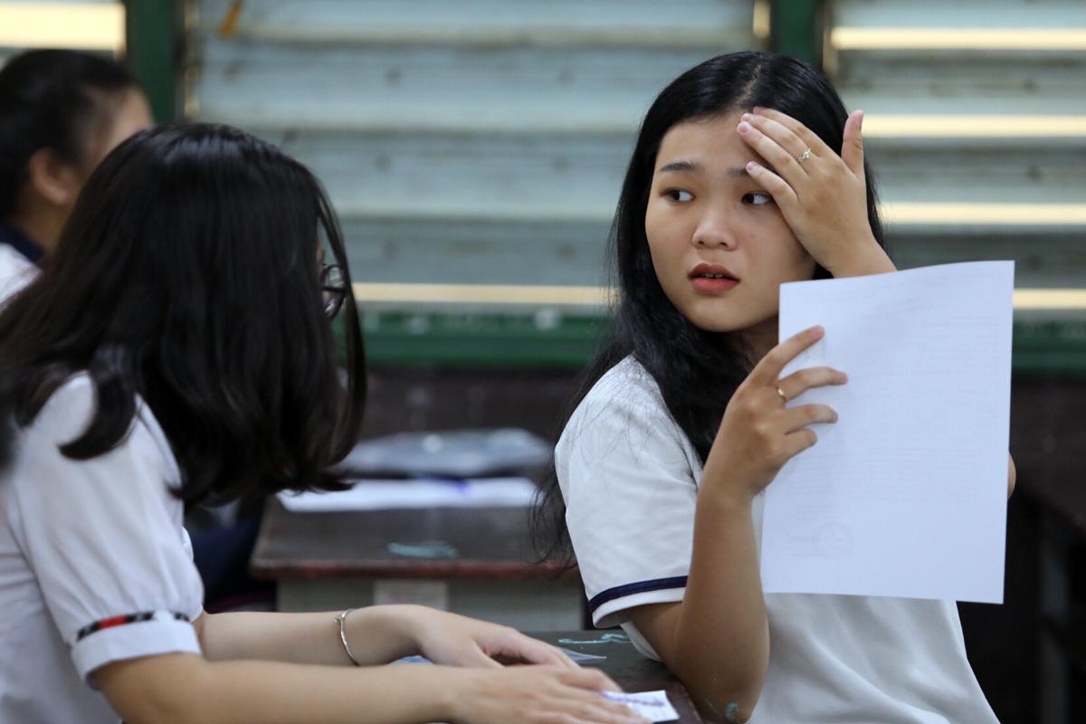 Thí sinh dự thi THPT quốc gia năm 2019 tại TP HCM. Ảnh: Thành Nguyễn.