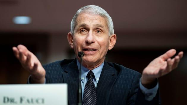 Tiến sĩ Anthony Fauci trong phiên điều trần trước thượng viện Mỹ về Covid-19 ở Washington hôm 30/6. Ảnh: Reuters