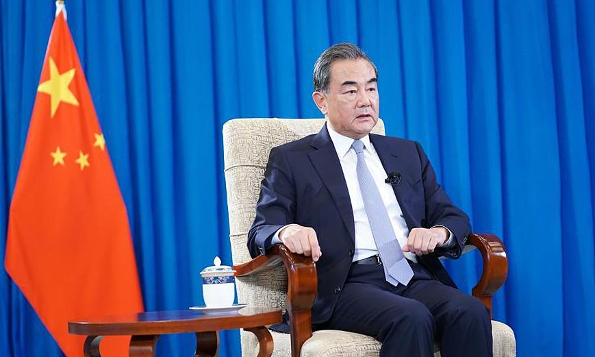 Ngoại trưởng Trung Quốc Vương Nghị trong cuộc phỏng vấn với Tân Hoa Xã hôm 5/8. Ảnh: News.cn