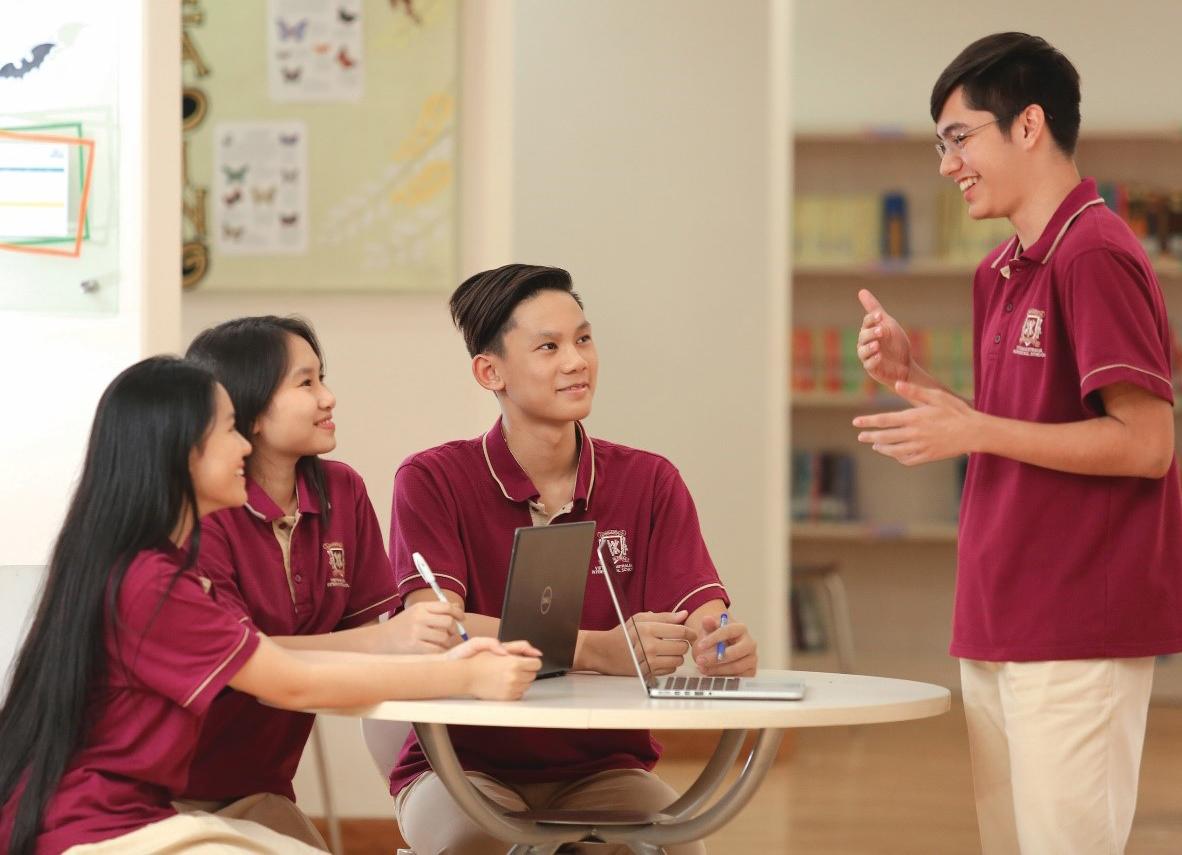Học sinh trong một tiết học Viễn cảnh toàn cầu.