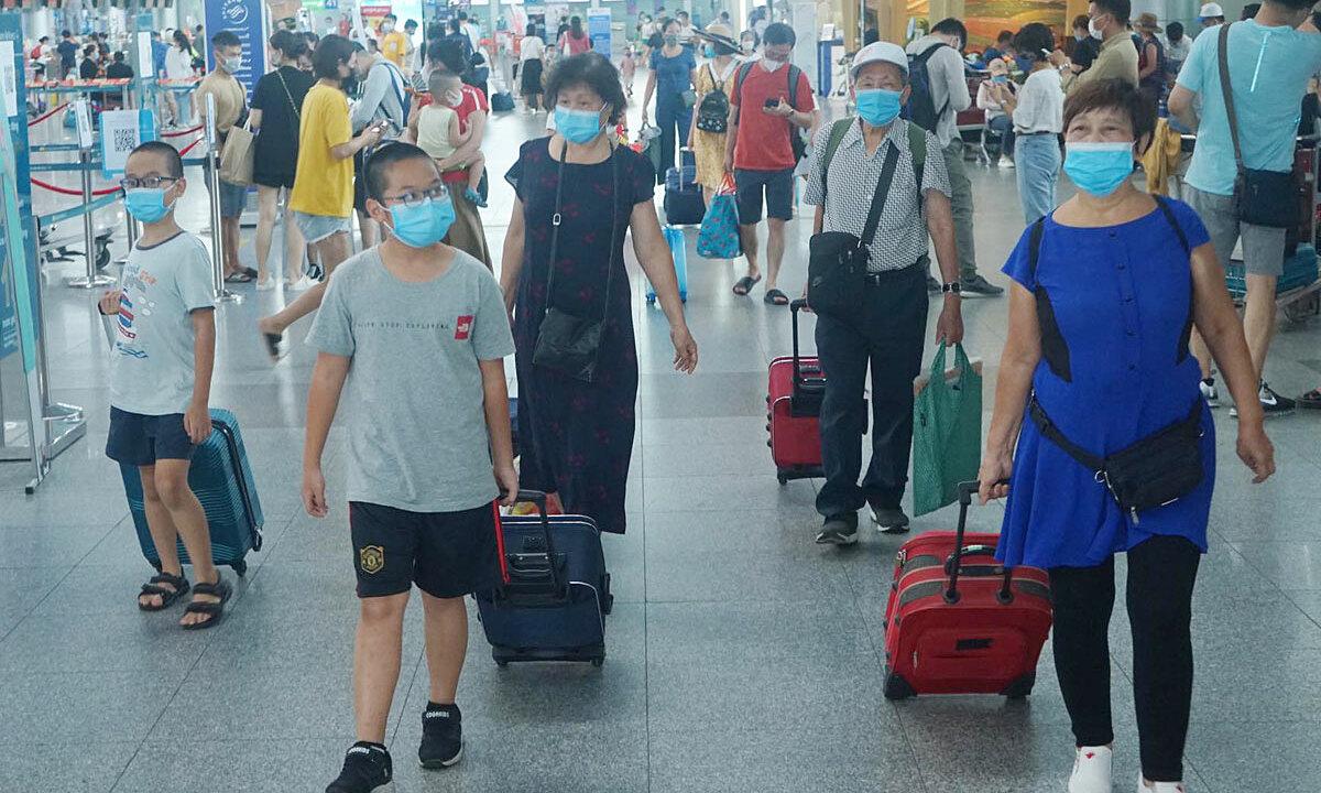 Vì sao số người kẹt ở Đà Nẵng tăng 4 lần? - VnExpress
