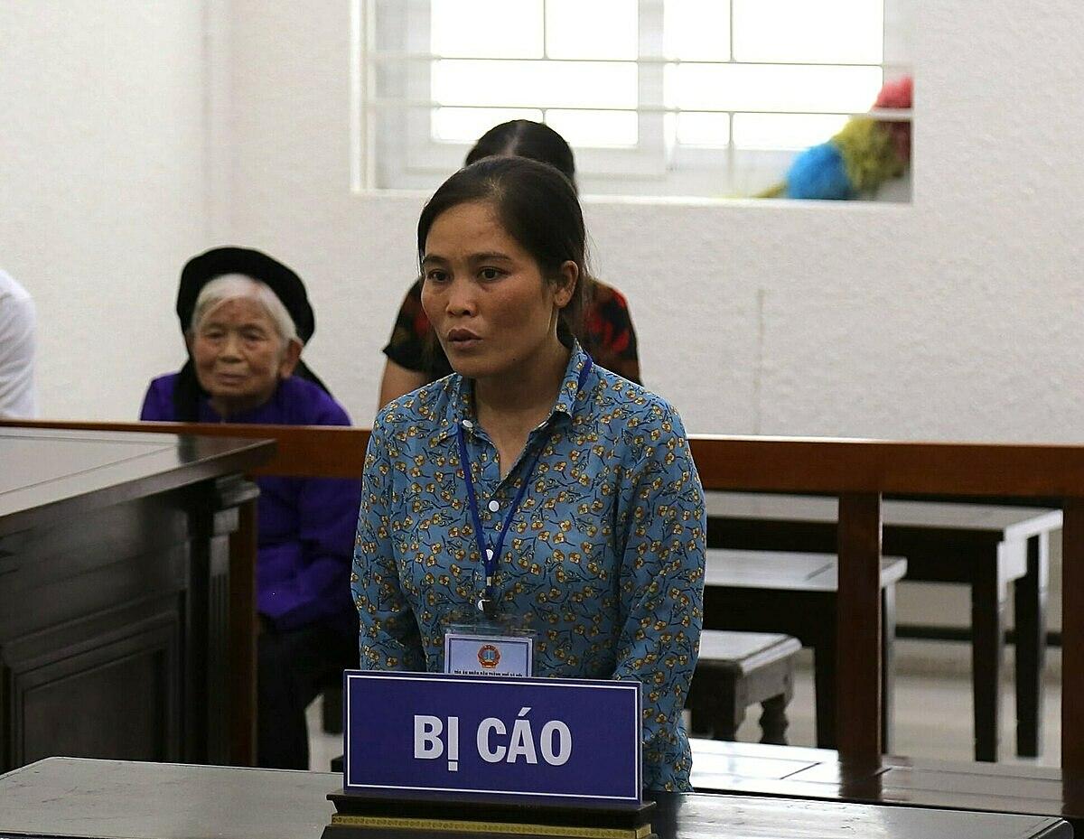 Phạm Thị Ngân tại phiên phúc thẩm ngày 10/8. Ảnh: Thanh Vân