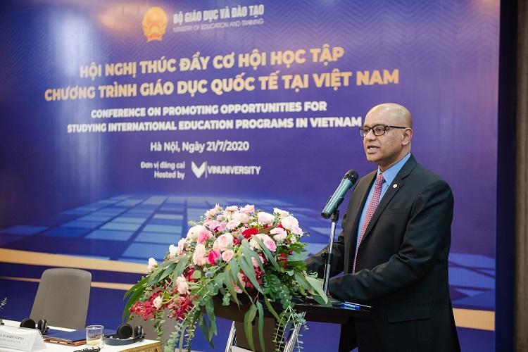 Giáo sư, Tiến sĩ Rohit Verma, Hiệu trưởng trường ĐH VinUni.