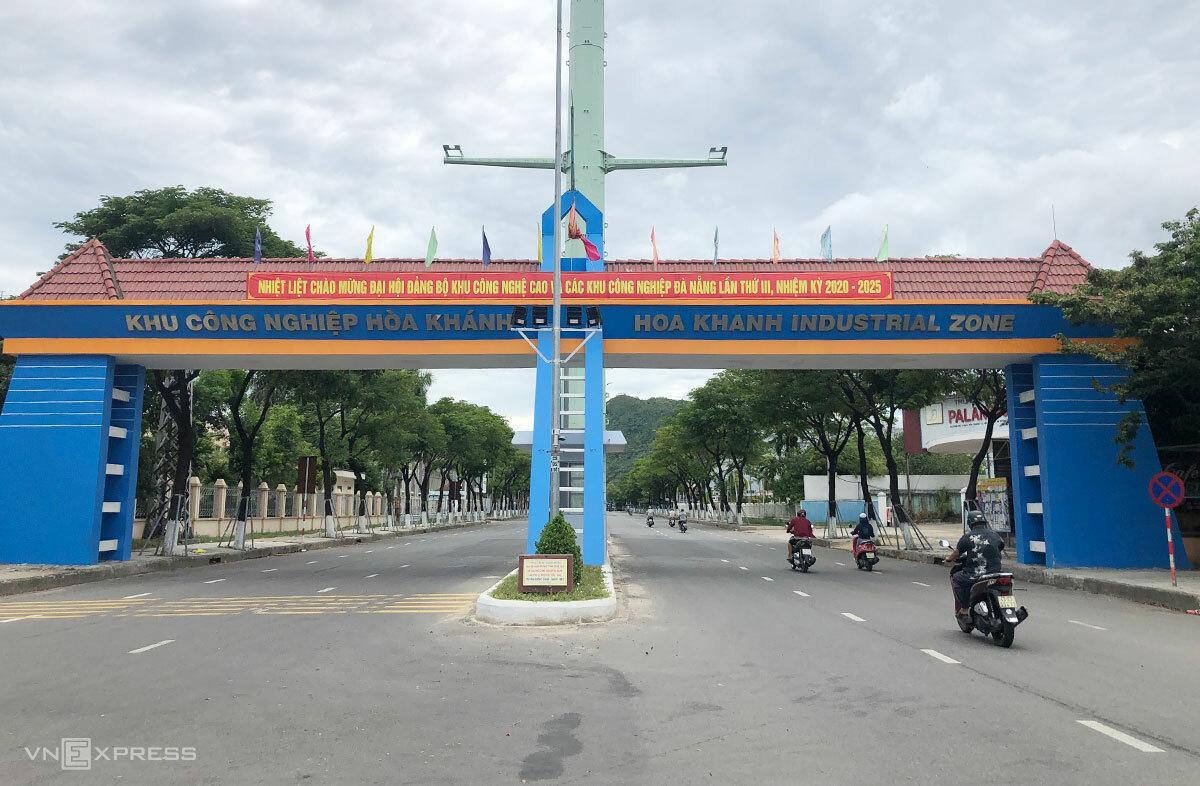 Khu công nghiệp Hoà Khánh, nơi bệnh nhân 806 làm việc. Ảnh: Thái Mạc