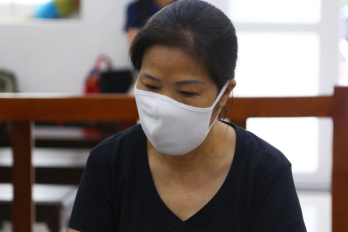 Bị cáo Nguyễn Bích Quy tại phiên sơ thẩm sáng nay. Ảnh: Phạm Dự.