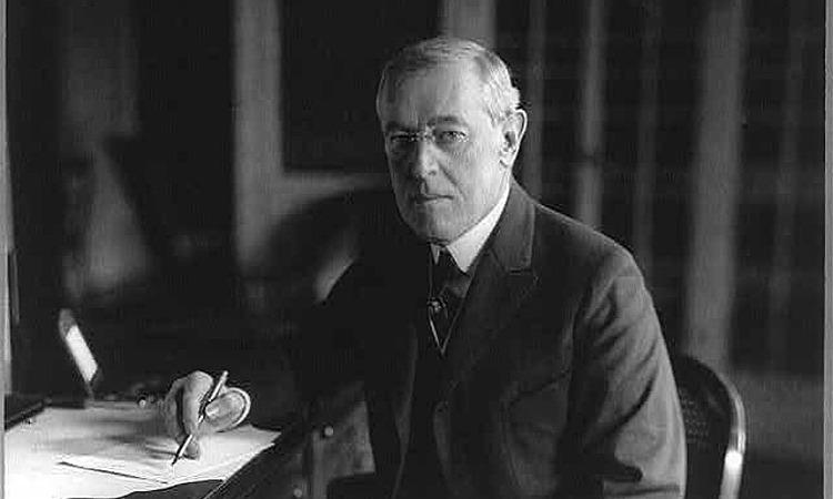 Tổng thống Woodrow Wilson tại Nhà Trắng năm 1918. Ảnh: Library of Congress.
