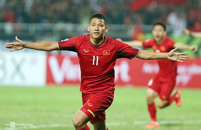 Anh Đức mừng bàn thắng vào lưới Malaysia trong trận chung kết lượt về AFF Cup 2018. Ảnh:Đức Đồng.