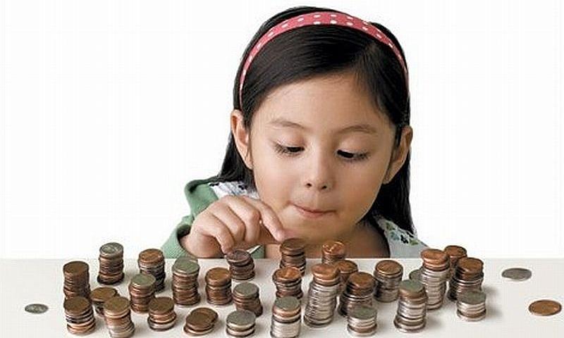 Cha mẹ không thể né tránh dạy con tiêu tiền - VnExpress