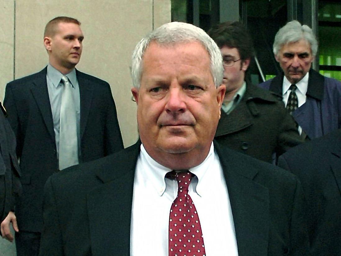 Michael Conahan rời tòa án vào năm 2009. Ảnh: David Kidwell/AP.