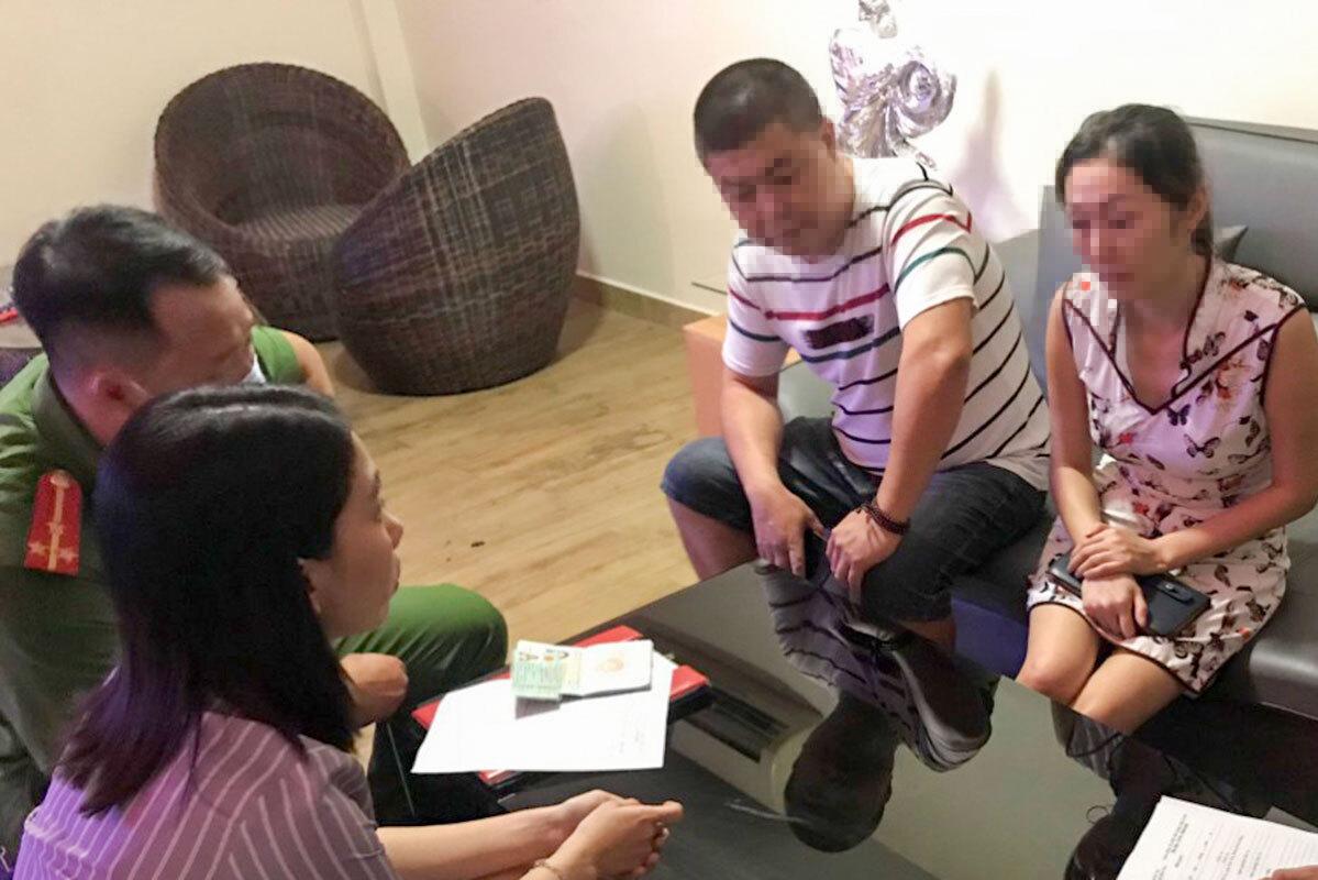 Một nhóm người Trung Quốc nhập cảnh trái phép vào Đà Nẵng trong tháng 7, bị công an phát hiện. Ảnh: Đông Chi.