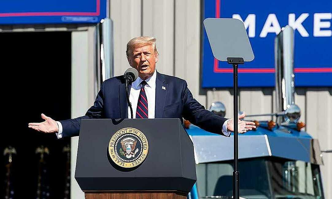 Tổng thống Mỹ Donald Trump phát biểu vận động tranh cử ở bang Pennsylvania hôm 20/8. Ảnh: USA Today.