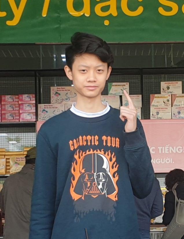 Nguyễn Quang Hưng (học sinh THPT Vinschool, Hà Nội) yêu thích công nghệ nên theo học CNTT tại FUNiX từ giữa năm lớp 10.