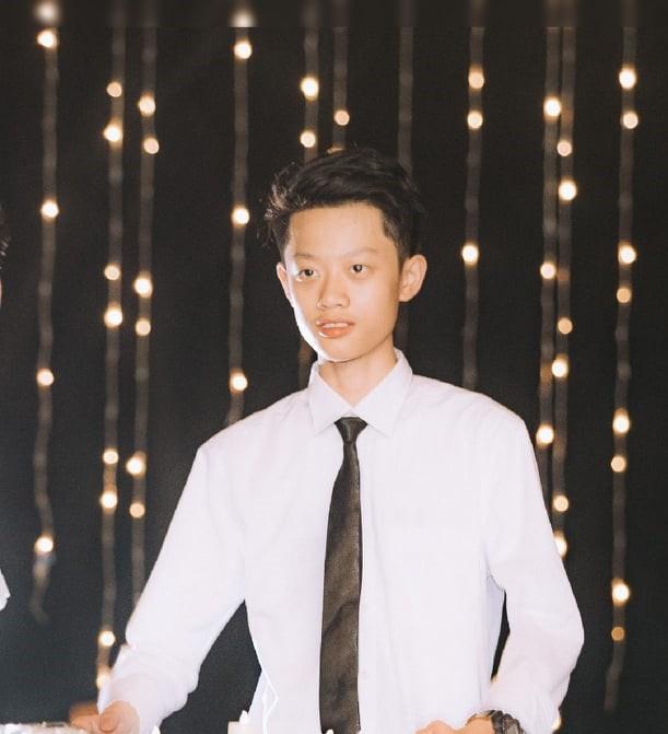Hoàn thành Chứng chỉ học tập nhanh hơn thời gian quy định, Nguyễn Quang Hưng giành học bổng Học nhanh tại FUNiX.