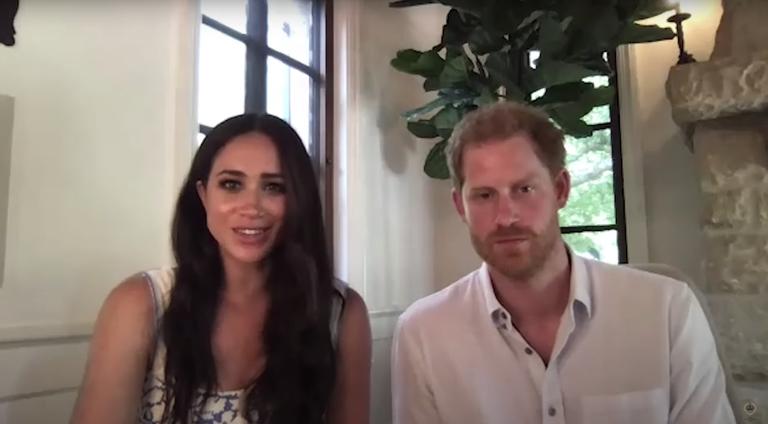 Vợ chồng Harry - Meghan tham gia một cuộc thảo luận trực tuyến với các thành viên Quỹ Thịnh vượng Chung của Nữ hoàng. Ảnh: YouTube/QCT.