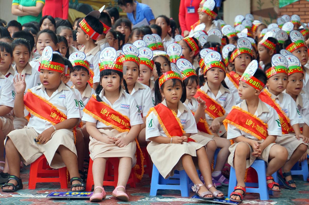 Học sinh lớp 1 trường Tiểu học Lê Văn Tám (quận 7) trong lễ khai giảng năm học 2019-2020. Ảnh: Mạnh Tùng.