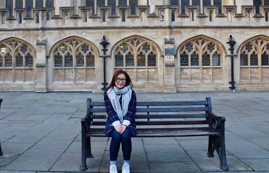 Mỹ Ngọc tại thành phố Bath, Vương quốc Anh, năm 2018. Ảnh: Nhân vật cung cấp
