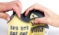 Cha mẹ đối xử bất công khi chia tài sản