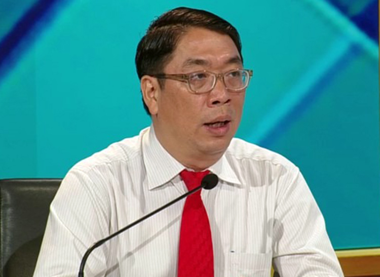 Ông Đinh Minh Hiệp tại chương trình Lắng nghe và Trao đổi do HĐND TP HCM và Đài Truyền hình TP HCM phối hợp tổ chức hôm 19/7. Ảnh: SGGP