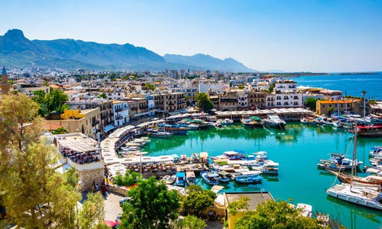 Cảnh Kyrenia ở bờ biển phía bắc của đảo Cyprus. Ảnh: USA Today.