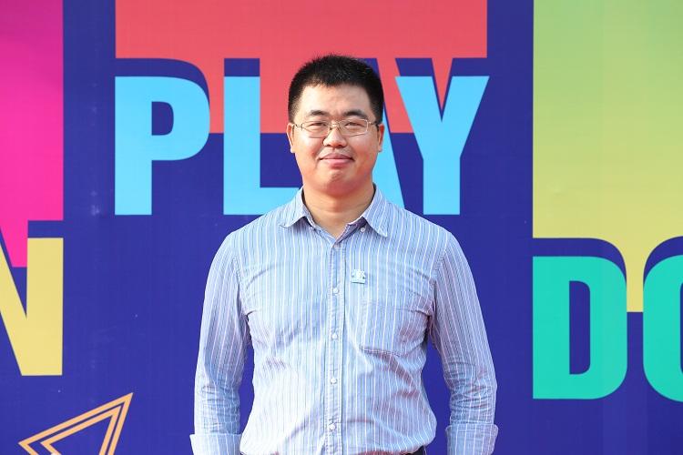 Ông Phạm Giang Linh, Tổng Giám đốc HOCMAI.