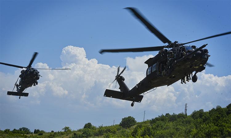 Trực thăng UH-60 của đặc nhiệm Mỹ tham gia huấn luyện tại Bulgaria, tháng 6/2019. Ảnh: US Army.