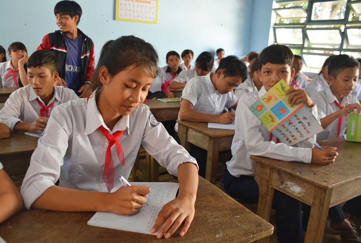Năm nay tại Quảng Nam chỉ những lớp đầu cấp tham dự khai giảng. Ảnh: Đắc Thành.