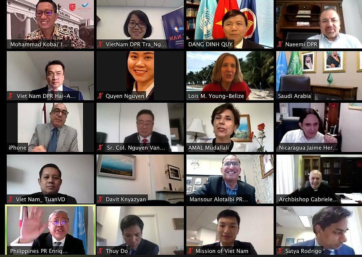 Các đại biểu dự lễ kỷ niệm 75 năm quốc khánh Việt Nam theo hình thức trực tuyến hôm 2/9. Ảnh: Bộ Ngoại giao.
