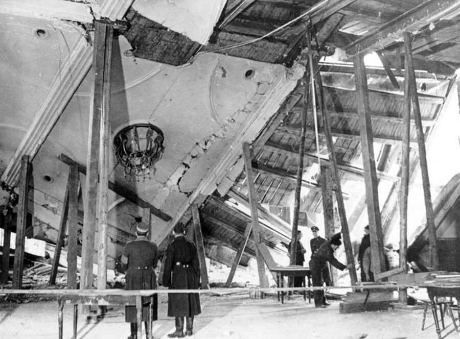 Quán bia Burgerbraukeller tại Munich, Đức, sau vụ nổ ngày 8/11/1939. Ảnh: Wikimedia Commons.