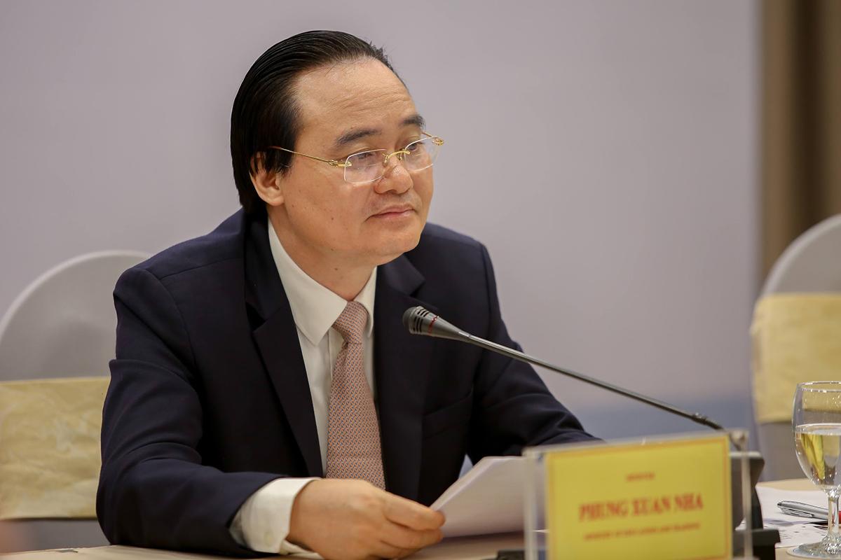 Bộ trưởng Phùng Xuân Nhạ phát biểu tại toạ đàm chiều 4/9. Ảnh: MOET.