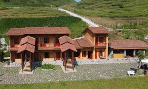Bỏ 7 tỷ đồng xây ngôi nhà đất lưng chừng núi
