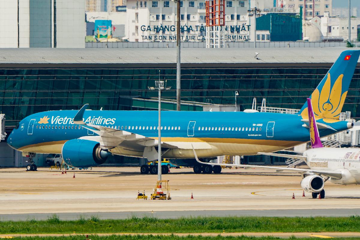 Các hãng bay Việt Nam đều chờ đợi được bay thường lệ quốc tế. Ảnh: Quỳnh Trần.