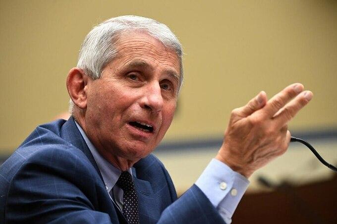 Tiến sĩ Anthony Fauci phát biểu tại thủ đô Washington, Mỹ, ngày 31/7. Ảnh: Reuters.