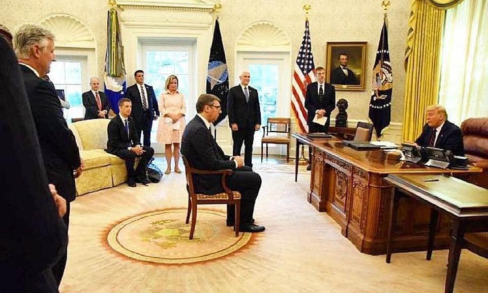 Ảnh chụp Tổng thống Serbia Aleksandar Vucic gặp Tổng thống Mỹ Donald Trump tại Nhà Trắng hôm 10/9. Ảnh: Facebook/Maria Zakharova.