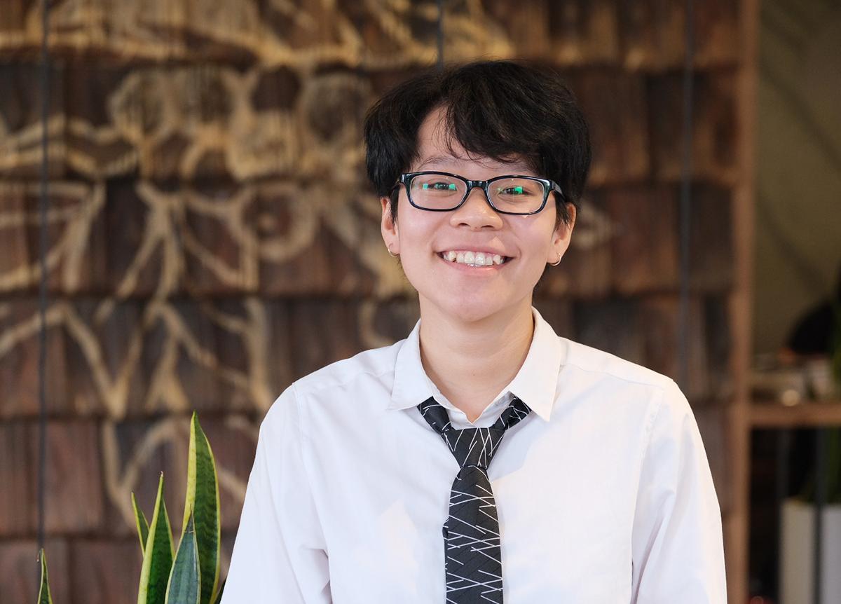 Nguyễn Hải Vân là thủ khoa tốt nghiệp của Đại học Y tế công cộng. Ảnh: Dương Tâm.