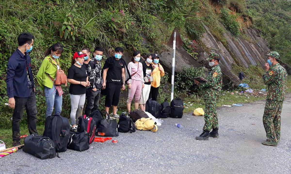 Nhóm 9 người nhập cảnh trái phép bị phát hiện, ngày 12/9. Hồ Trung Lương