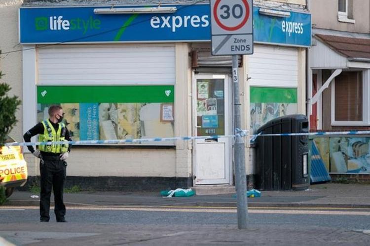 Cảnh sát phong tỏa hiện trường hôm 12/9. Ảnh: Grimsby Telegraph