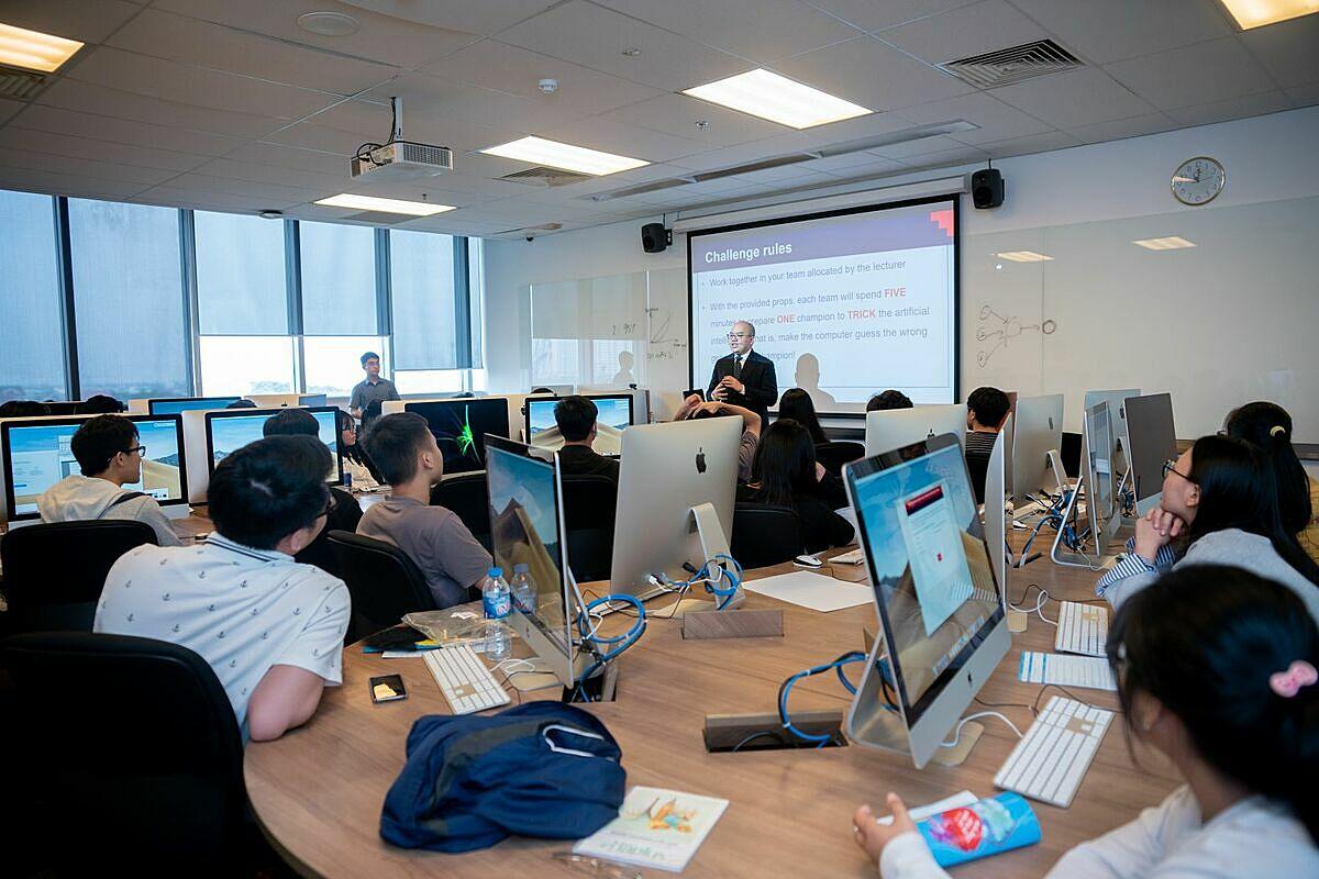 Sinh viên Công nghệ thông tin RMIT được đào tạo để đáp ứng nhu cầu tuyển dụng nhân sự chất lượng cao