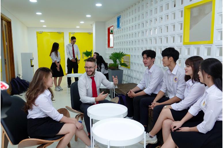 Đại học Quốc tế Sài Gòn áp dụng xét tuyển bằng 3 phương thức độc lập, góp phần giúp các thí sinh tăng cơ hội trúng tuyển và lựa chọn đúng ngành học yêu thích.
