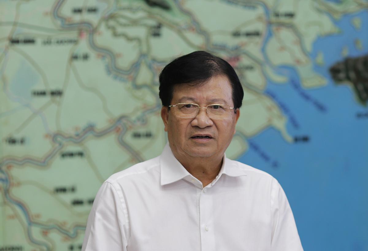 Phó Thủ tướng Trịnh Đình Dũng tại cuộc họp Ban chỉ đạo phòng chống thiên tai trưa 16/9. Ảnh: Tất Định