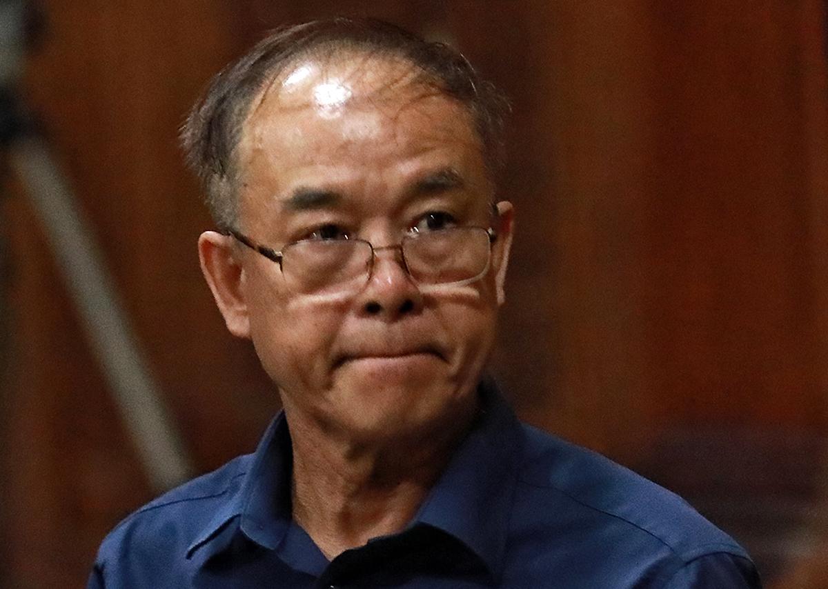 Ông Nguyễn Thành Tài trong phiên xử về hành vi giao trái phép 5.000 m2 đất vàng cho doanh nghiệp, chiều 16/9. Ảnh: Hữu Khoa.