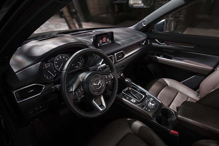 Nội thất Mazda CX-5.