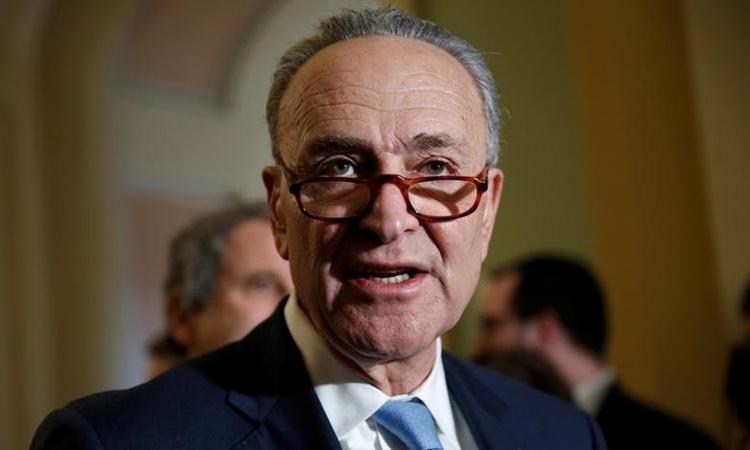 Thượng nghị sĩ đảng Dân chủ bang New York Chuck Schumer, lãnh đạo phe thiểu số tại Thượng viện, phát biểu trước phóng viên tại Washington hồi năm 2018. Ảnh: Reuters.